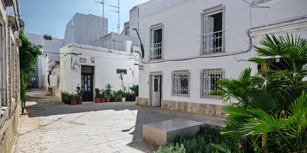 Our stunning 3 bedroom townhouse set in the heart of Olhao