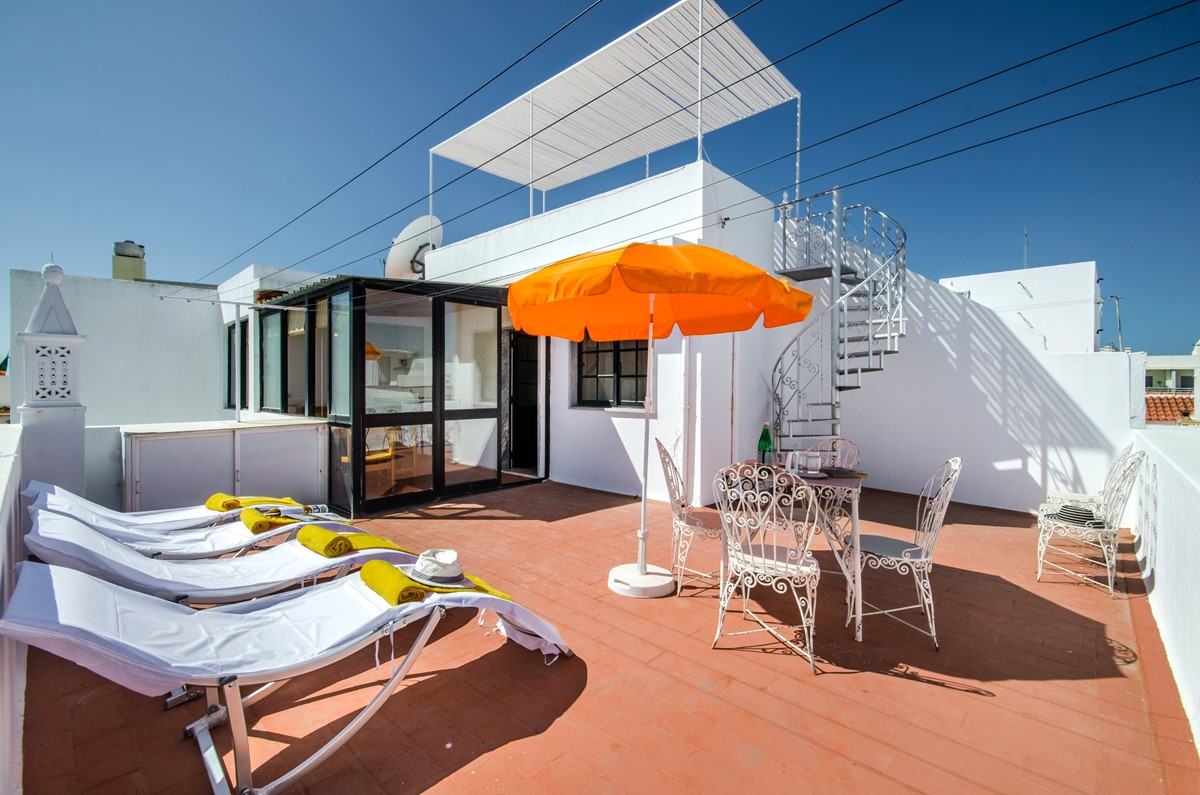 A private roof terrace to enjoy Olhao living