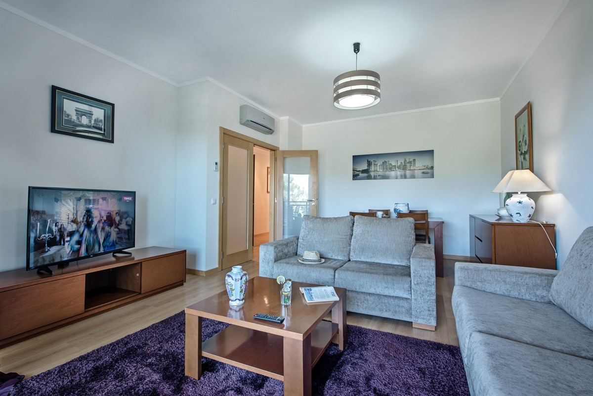 Perfect Living Space in our super 2 bedroom apartment