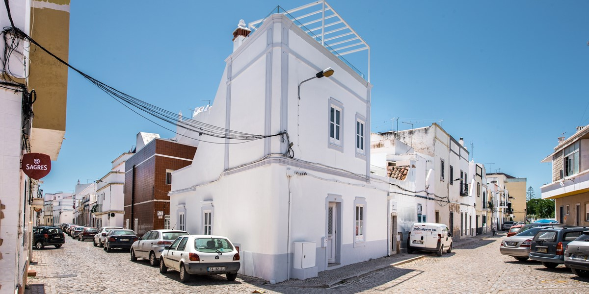Our simply stunning renovated 3 bedroom townhouse
