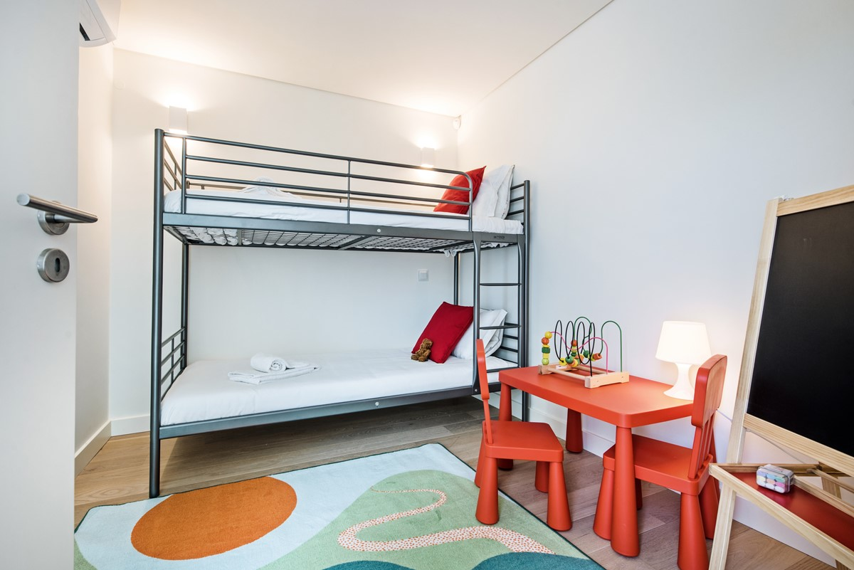 Children's bunk bed room, a perfcet lottle spot for the little ones