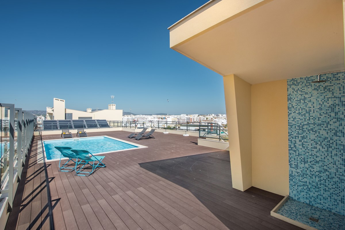A Roof Top Pool Adds A Touch Of Luxury