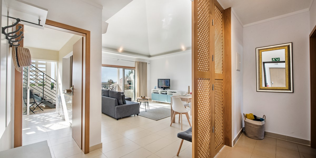 The Entrance Of The Simply Amazing Apartment Lusitana